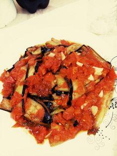patlican cigirtma Ratatouille, Vegetable Pizza, Vegetables, Ethnic Recipes, Food, Essen, Vegetable Recipes, Meals, Yemek