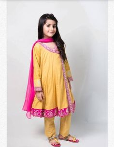 Girls Casual Dresses, Dresses Kids Girl, Little Girl Outfits, Girls Party Dress, Baby Dresses, Kids Indian Wear, Kids Ethnic Wear, Kids Party Wear, Kids Wear