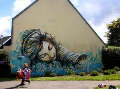 Graffiti Street Art - Beyond Banksy Project / Alice Pasquini (Brest, France) 3d Street Art, Street Art Utopia, Best Street Art, Amazing Street Art, Street Art Graffiti, Amazing Art, Graffiti Wall, Awesome, Wall Murals