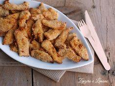 Questi bastoncini di pollo sono un secondo particolarmente apprezzato dai bambini. Sono facilissimi, velocissimi da preparare e davvero molto buoni.