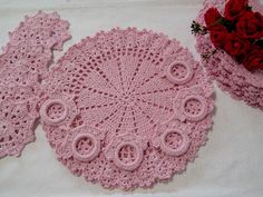 Filet Crochet, Knit Crochet, Crochet Hats, Crochet Placemats, Crochet Doilies, Crochet Butterfly, Crochet Flowers, Diy And Crafts, Crochet Earrings