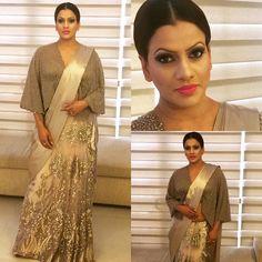 Sri Lankan Actress Sangeetha Weerarathne in Michael Wijesuriya saree Indian Look, Indian Wear, Saree Jacket Designs, Saree Wedding, Wedding Dresses, Saree Jackets, Elegant Saree, Sexy Blouse, Women's Fashion