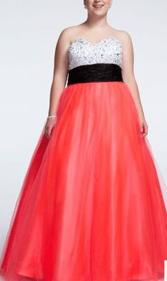 Dress to impress in one of our Prom dresses at davids bridal this season! I have been posting some of the posts regarding Prom dresses at davids bridal Orange Prom Dresses, Best Prom Dresses, Wedding Dresses Plus Size, New Wedding Dresses, Sexy Cocktail Dress, Full Figure Fashion, Prom Dress Shopping, Types Of Dresses, Dress To Impress