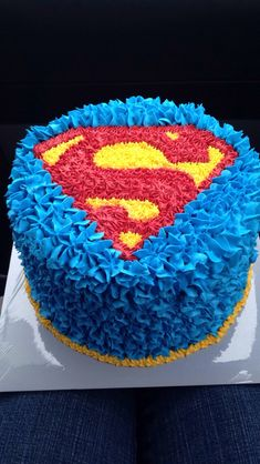 Superman cake this would be perfect for Nathaniel ' s birthday!! Vanilla cake with ice cream in the middle