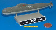 """russische U-Boot der """"Alpha""""-Klasse (Dragon 512) 1:700"""