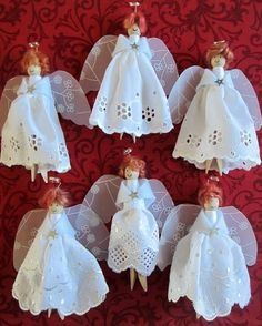 Dolly peg angels for Angels and Light Festival Do you remember me mentioning our forthcoming Angels and Light Festival and my date with dolly pegs? Well, I spent a dolly peg day or two last week and have created a dozen assorted angels, all r… Diy Xmas, Christmas Ornament Crafts, Christmas Angels, Christmas Projects, Kids Christmas, Holiday Crafts, Christmas Decorations, July Crafts, Birthday Decorations