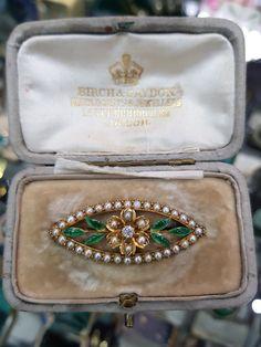 Edwardian Jewelry, Pearl Diamond, Gold Set, Round Cut Diamond, Leaf Design, Brooches, Boss, Anna, Enamel