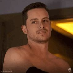 The perfect Wink Flirty JesseLeeSoffer Animated GIF for your conversation. Discover and Share the best GIFs on Tenor. Chicago Med, Chicago Fire, Detective, Jay Halstead, Jesse Lee, Gifs, Kissing Him, Undercover, Man Crush