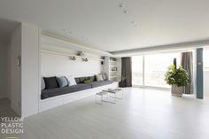 대치미도 67평 아파트 인테리어_[옐로플라스틱, 옐로우플라스틱, yellowplastic] : 네이버 블로그 Divider, Living Room, Interior Design, Building, Furniture, Home Decor, Interior Designing, Interior, House