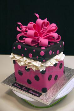 Code: A201 - Gift box cake