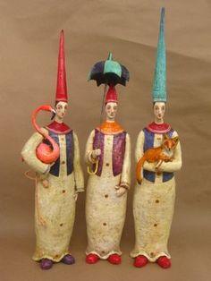 Маурицио Перез (Mauricio Perez) - мастер папье-маше из Колумбии.У него очень много ярких, артистичных работ, больше половины из них посвящены куклам. Его работы - это…