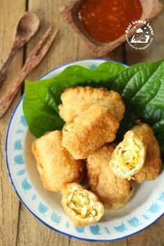 ... Berontak (Deep fried Stuffed Tofu Puff with Cabbage) 包菜酿豆卜