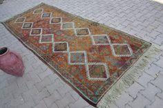 """Vegetable dyed Pale Color Vintage Turkish Rug  4'6"""" x 7'9"""" Rugs Natural Organic Wool Rug Handwoven Rug Boho Rug Turkey Rug Runner Floor Rug"""