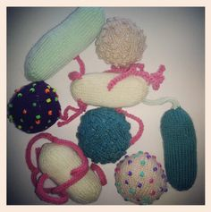 Great #microbes from Giffnock, Glasgow! Thanks for these and all your hard work!  http://www.glasgowcityofscience.com/get-involved/knitting-microbes #KnitMeAFriend