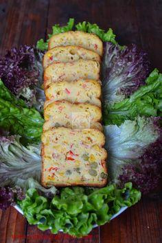 Chec aperitiv cu legume - CAIETUL CU RETETE Appetizer Salads, Appetizer Recipes, Appetizers, Vegetarian Recipes, Cooking Recipes, Good Food, Yummy Food, Romanian Food, Mouth Watering Food