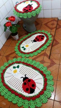 lindo jogo de banheiro feito. em croche (: - 11:08:17