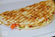 Shawarma, Quesadilla, Fajitas, Nachos, Enchiladas, Food And Drink, Bread, Ethnic Recipes, Tortillas