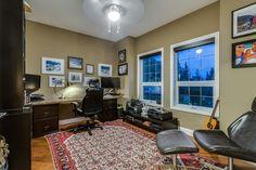 So much space in this office! 7 Gracewood Grove - Mark D. Evernden & Associates | Engel & Völkers Canada