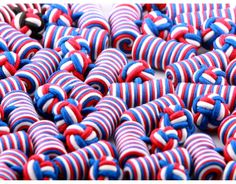Cylindre bleu, blanc, rouge
