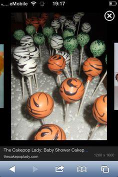 Jungle-Themed Cake Pops!