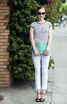 http://moicontrelavie.com/2013/06/13/how-to-wear-white-jeans-dressing-up/
