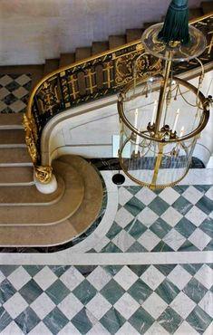 Marble Floor, Tile Floor, Honed Marble, Foyer Flooring, Wooden Flooring, Home Luxury, Luxury Homes, Checkerboard Floor, Black And White Tiles