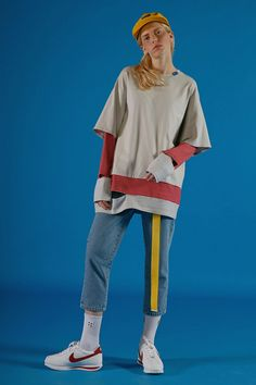 ADER AderSpace # Shop # 90s Fashion Grunge, Retro Fashion, Korean Fashion, Sport Fashion, Fashion Outfits, Womens Fashion, Fashion Trends, Fashion Design, All Jeans