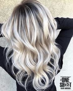 Ice Blonde Hair, Blonde Hair Looks, Icy Blonde, Brown Blonde Hair, Blonde Wig, Dark Roots Blonde Hair Balayage, Short Blonde, Blonde Highlights, Wavy Hair