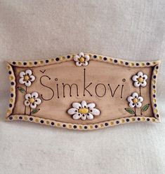 Name tag / seller E-Ví Nameplate + ceramic + nameplate + – + label + on + house, + or + door + dimensions + approx. Clay Wall Art, Clay Art, Clay Projects, Clay Crafts, Porcelain Ceramics, Ceramic Art, Ceramic House Numbers, Name Plate Design, Ceramic Workshop