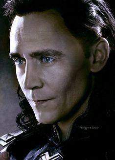 -- - Avengers Endgame : Lokis poster with color : LOKI