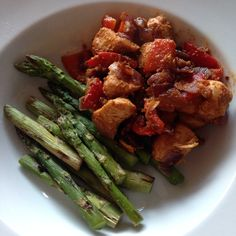 Paprika chicken - 90 daysss plan - The Body Coach - Cycle 1 Bodycoach Recipes, Joe Wicks Recipes, Detox Recipes, Chicken Recipes, Cooking Recipes, Healthy Recipes, Lean Dinners, Lunches And Dinners, Joe Wicks Lean In 15