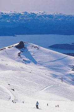 Skiing in Bariloche during Winter (June - October) Patagonia, Argentina Ushuaia, Places To Travel, Places To See, Stations De Ski, Argentina Travel, Solo Travel, Dream Vacations, Wonders Of The World, Patagonia