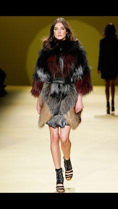 13 fantastiche immagini in Celebrities in Fur  su Pinterest   Fur Fur   a5b559