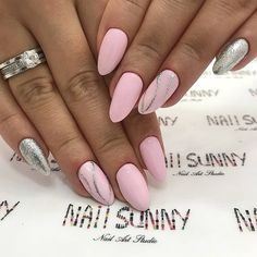 55 Wedding Nail Designs for Your These trendy Nails ideas would gain you amazing compliments. Check out our gallery for more ideas these are trendy this year. Classy Nails, Stylish Nails, Trendy Nails, Diy Nails, Cute Nails, American Nails, Wedding Nails Design, Nail Wedding, Best Nail Art Designs