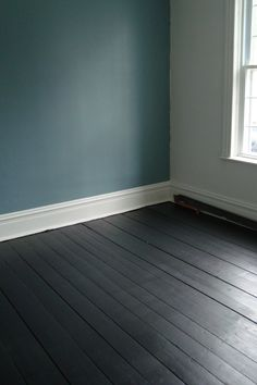 dark painted floorbo