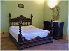 Camera da letto seicentesca del Castello Dal Verme di Zavattarello (Pv)