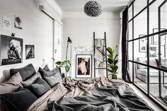 A small & dreamy Scandinavian apartment with a glass wall – Daily Dream Decor – Loft İdeas 2020 Small Apartment Bedrooms, Apartment Bedroom Decor, Apartment Furniture, Small Apartments, Apartment Design, Small Apartment Interior, Cozy Apartment, Studio Apartment, Scandinavian Apartment