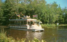 Kris Kringle River Boat, Santa's Village, Bracebridge, Muskoka