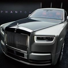 First look at the new Rolls-Royce Phantom VIII ahead of the reveal later today #RollsRoyce #Phantom #Phantom8 #PhantomVIII #RollsRoycePhantom