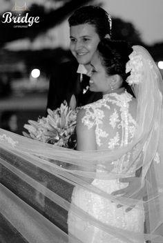 Para quem também já foi noiva e tem um vestido para inspirar... Este é um Maison Sophie usado no casamento da Ana Paula Leal, assessora de eventos da Bridge Cerimonial (Foto: Renata Paschoal)