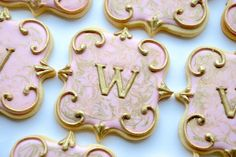 Elegant Pink & Gold Marbled Monogram Cookies by thesweetesttiers