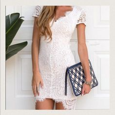 Beautiful off white lace dress New. Only tried on. No tags. Size is L but runs like a M ☺️ similar style as shown in model. Just to get an idea  Dresses Mini
