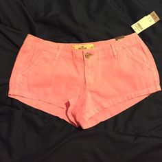 Bubblegum pink hollister shorts The pink is a little brighter than in the pictures. New, never worn. Super cute and perfect for spring and summer :) Hollister Shorts Jean Shorts