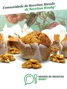 Muffins integrais de abóbora, noz e côco de Amorplacozinha. Receita Bimby<sup>®</sup> na categoria Bolos e Biscoitos do www.mundodereceitasbimby.com.pt, A Comunidade de Receitas Bimby<sup>®</sup>. Muffins, Cereal, Food And Drink, Sweets, Breakfast, Recipes, Fit, Tailgate Desserts, Zucchini Loaf