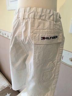 Mein Orig. Tommy Hilfiger Bermuda Short Gr.2 Jahre / 92 cm von Tommy Hilfiger! Größe 104 für 20,00 €. Schau´s dir an: http://www.mamikreisel.de/kleidung-fur-jungs/kurze-shorts/29052750-orig-tommy-hilfiger-bermuda-short-gr2-jahre-92-cm.