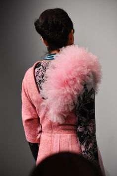 Amazing design by KIRSTY WARD - DAVID LONGSHAW, On/Off London! Kids Fashion, Fashion Show, Vogue Japan, Royal College Of Art, Show Photos, Color Shades, Looking Stunning, Fashion Stylist, Knitwear