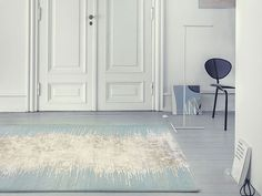 The stunning shimmer of the Noam Rug by Linie Design is simply captivating. Inspired by river bed reflections, the contrast between the plush muted background and the subtle glimmer of the central motif really shows Danish design at its best. Bamboo Furniture, Dining Furniture, Nordic Design, Scandinavian Design, Swivel Recliner Chairs, Modern Furniture Stores, Restaurant Furniture, Indoor Rugs, Accent Rugs