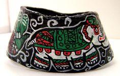 """gros bracelet en papier mâché """"Éléphant d'Apparat"""" : Bracelet par florence-h-papier-mache"""