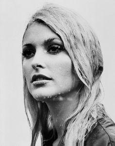 Sharon Tate Eye of the Devil, 1966