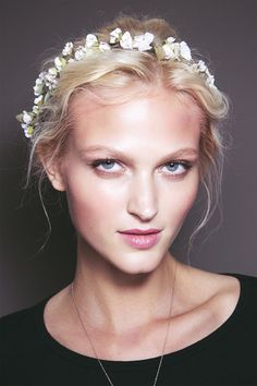 How to: flower crown #hairstyle http://www.fashionising.com/hair/b--flower-crown-hairstyle-66420.html